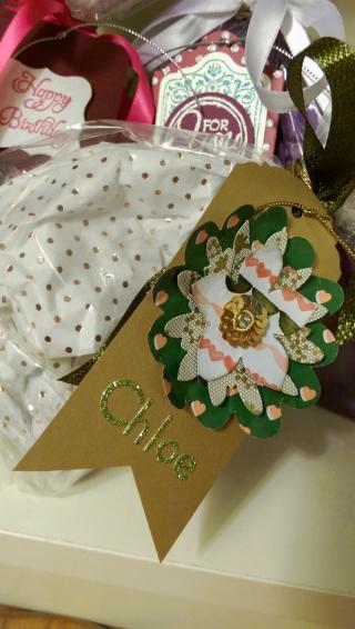 AH gift2 chloe tag