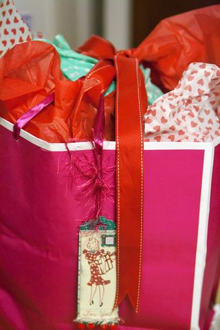 Gift-packaging-for-Tina.web